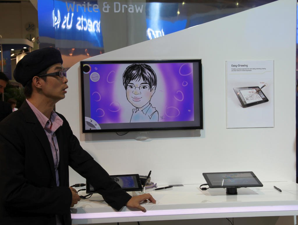 Demo menggambar di tablet Windows 8
