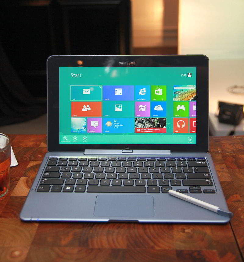 samsung_ativ_smart_pc_with_stylus