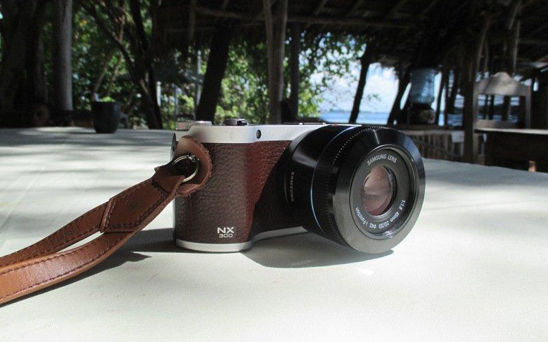 Samsung-NX300a-1.jpg